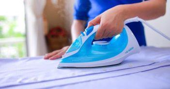 cách tẩy keo nến trên quần áo nhanh