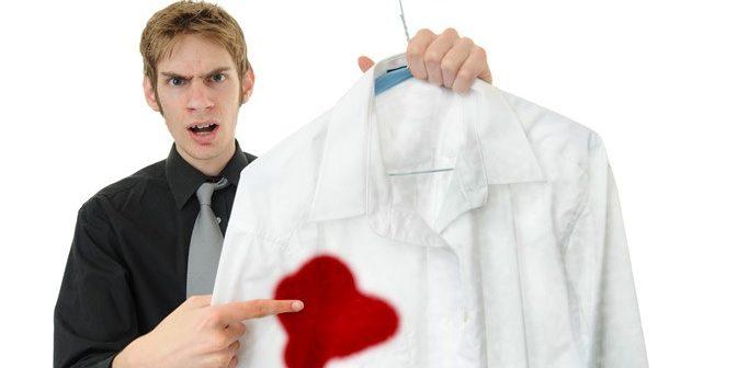 cách tẩy mực bút bi trên áo trắng mới