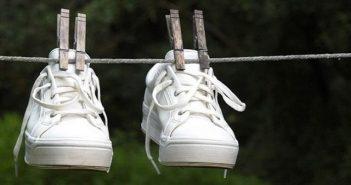 cách lám sạch đế giày trắng hay nhất