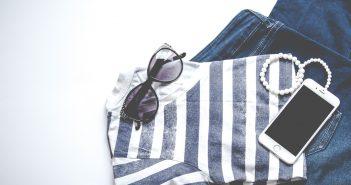 cách tẩy quần áo bị dính màu nhanh