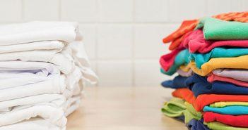 cách tẩy quần áo màu bị dính màu khác nhanh