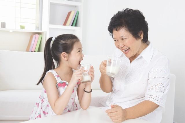 Quan tâm đến dinh dưỡng khi chăm sóc người già tại nhà