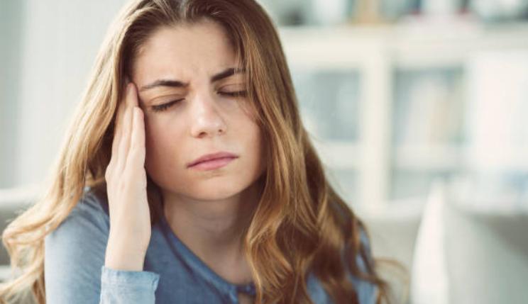 trị bệnh nhức đầu tại nhà