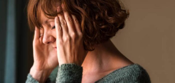 nên làm gì khi bị nhức đầu khi ở nhà